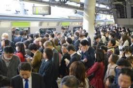 満員電車・通勤ラッシュ01 | フリー素材ドットコム