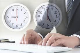 労働時間の写真素材|写真素材なら「写真AC」無料(フリー)ダウンロードOK